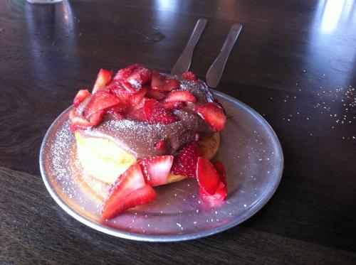 strawberry nutella donut
