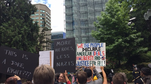 portland rally protest trump white supremacy neo-nazi